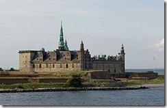 250px-Helsingoer_Kronborg_Castle[1]